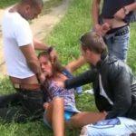 Tri dečka siluju curu u šumi